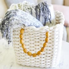 Cozy Basket, medium