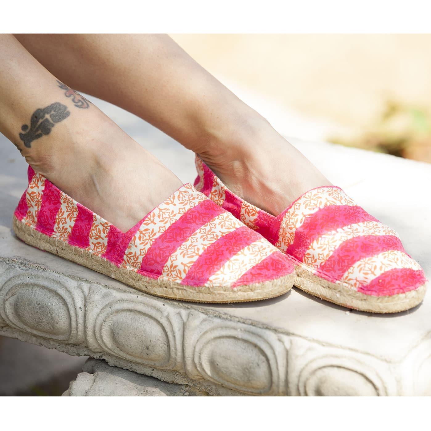 ColorShot Canvas Shoes